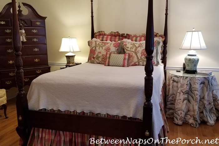 Choosing Lamps for a Bedroom