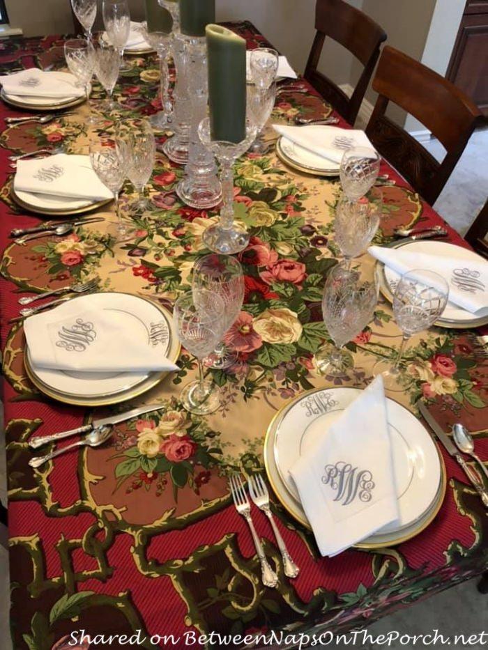 Beautiful Table Setting for Autumn
