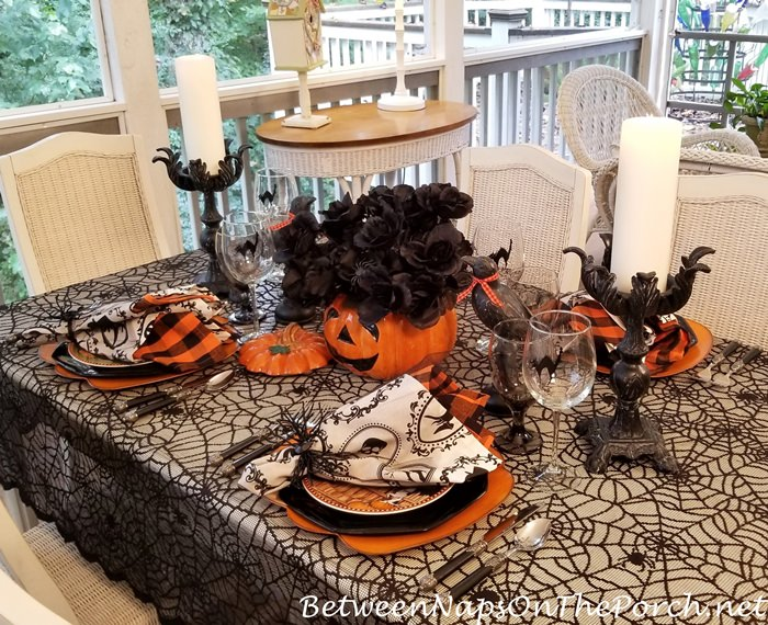 Halloween Decorating, Halloween Table
