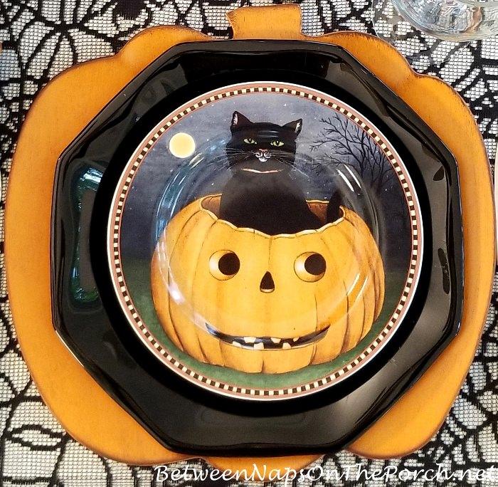 Halloween Table, Halloween Plates
