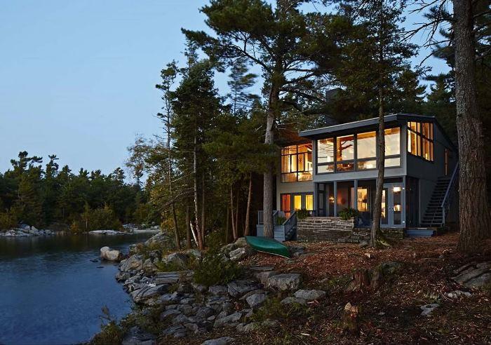 Fully Renovated Rental Cottage Belonging to Sarah Richardson