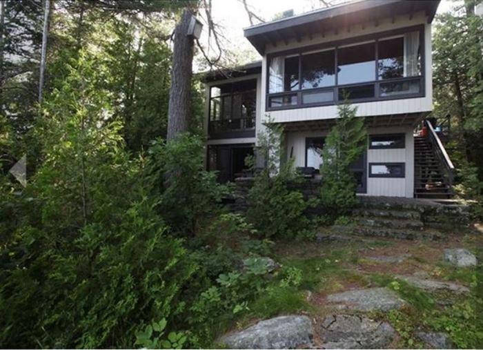 Sarah Richardson's Rental Cottage Before Renovation