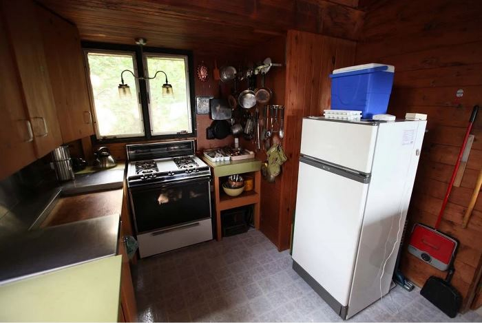 Sarah Richardson's Rental Cottage Kitchen Before Renovation
