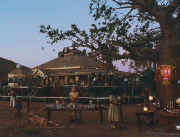 Australia Movie Dining Outside Scene