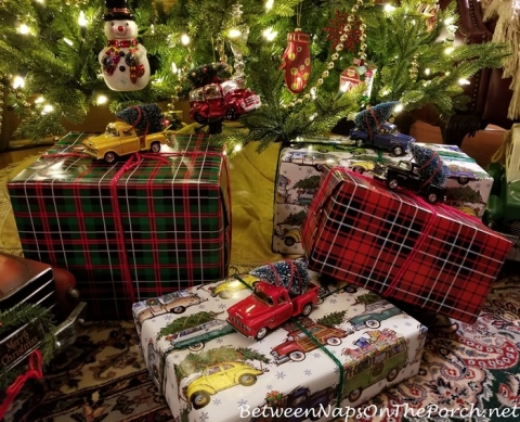 gift wrapping ideas tartan and christmas vacation wrapping paper