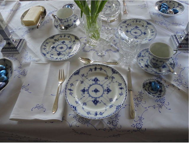 Blue Fluted Half Lace China
