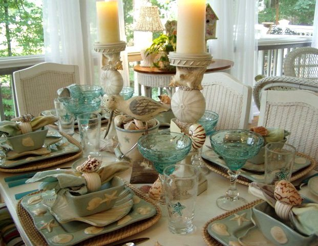 dining outdoors: spring and summer table settings
