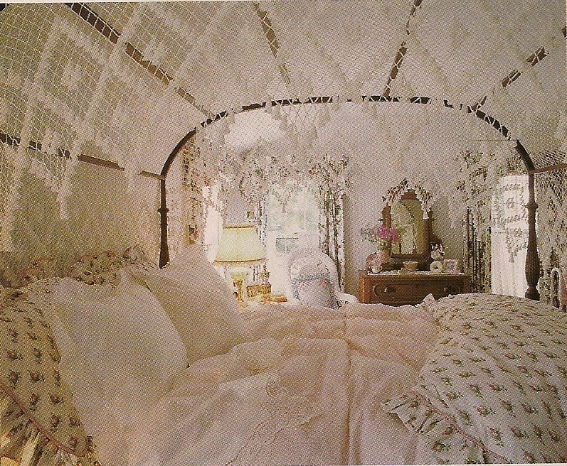 I bet they are still available online too. Come to think of it I believe Iu0027ve seen these for sale at Country Curtains online. & Dreaming of Beautiful Beds