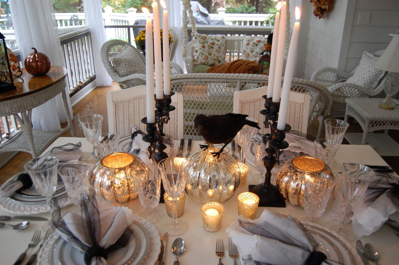 elegant halloween tablescape. Black Bedroom Furniture Sets. Home Design Ideas