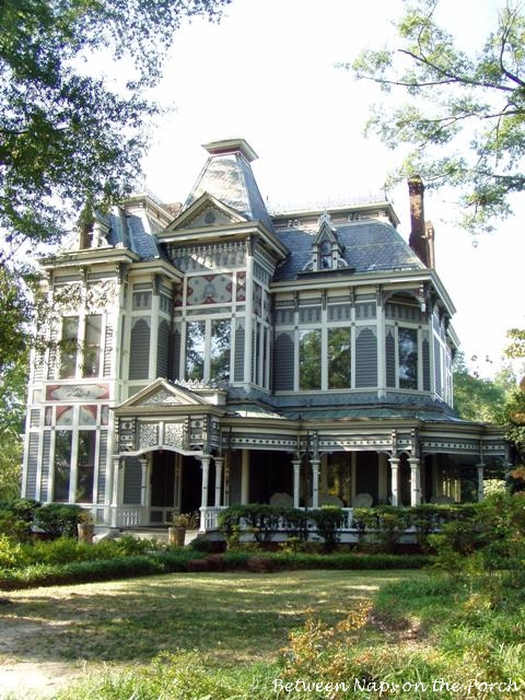 Tour a beautiful historic victorian home in newnan georgia for Our victorian house