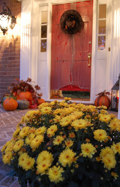 Halloween Decorating for Porches
