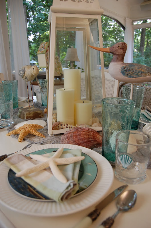 Beach Themed Table Setting with Warren Kimble Coastal Breeze Plates