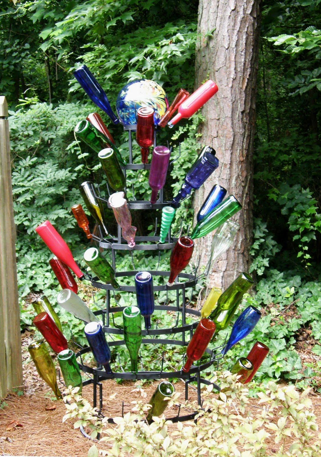 Jan\'s Beautiful Bottle Tree