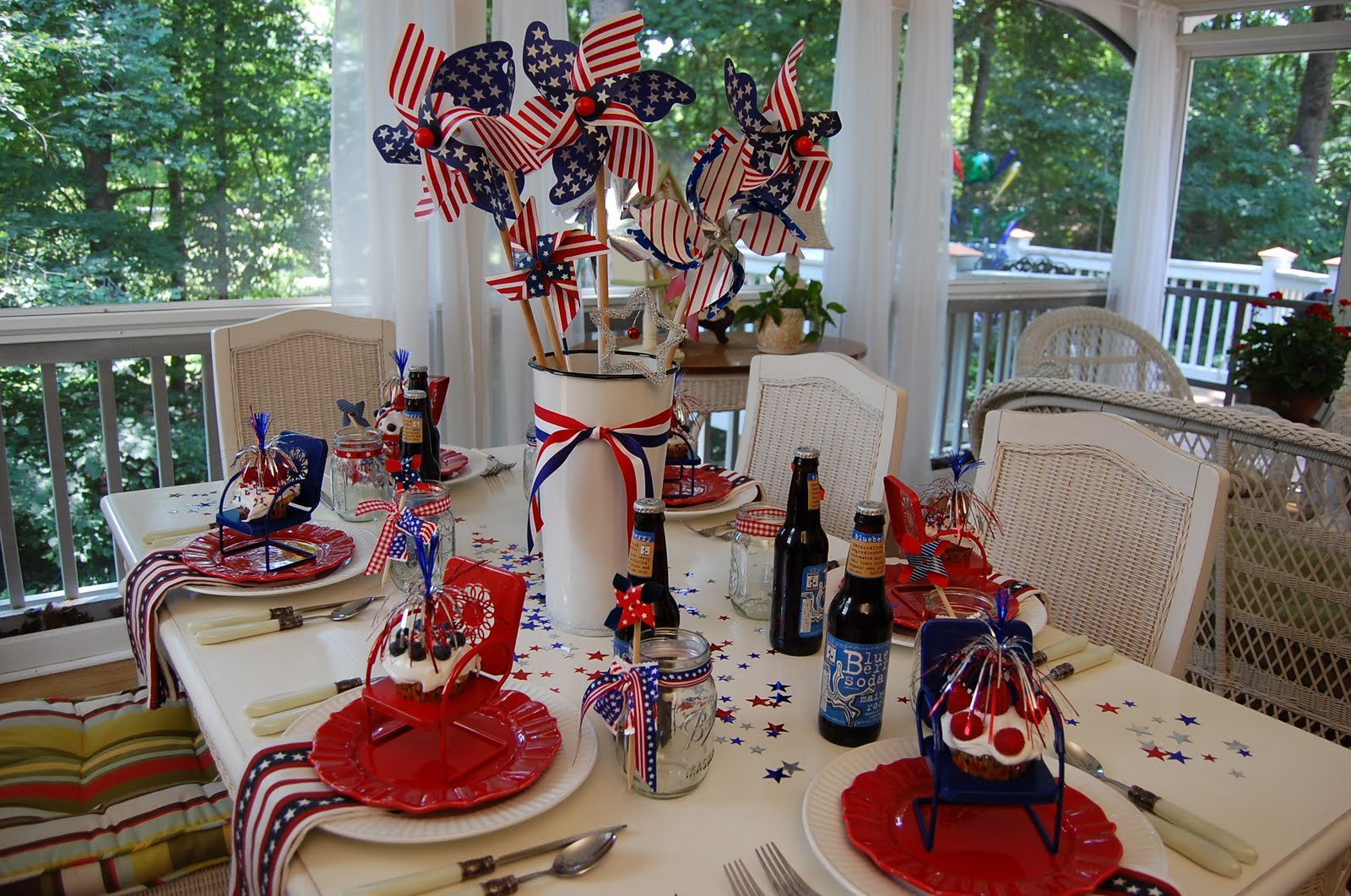 A Patriotic Celebration Table Setting