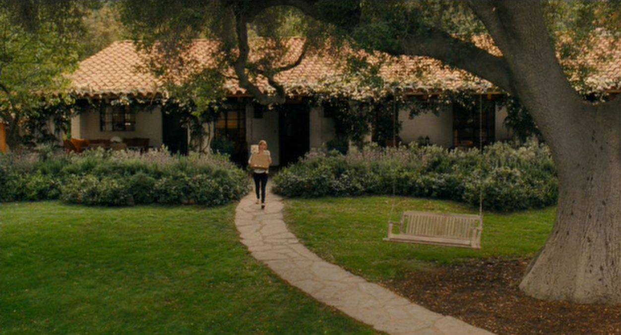 tour the spanish style home in the movie it s complicated. Black Bedroom Furniture Sets. Home Design Ideas