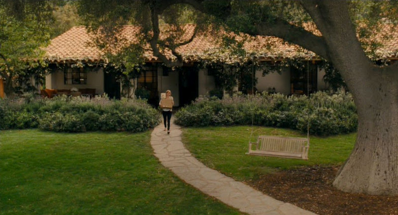 Tour the home in the movie, It's Complicated, starring Meryl Streep and Alec Baldwin
