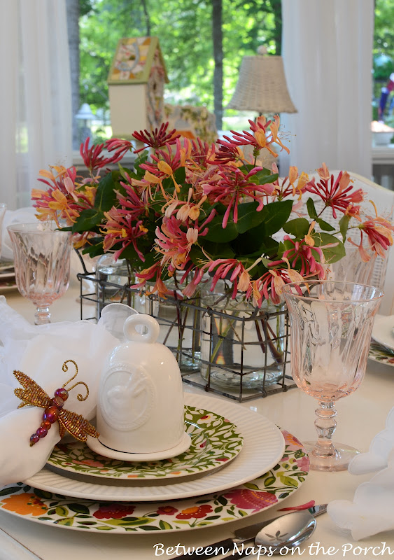 Easter Spring Table Settings with Floral Centerpiece