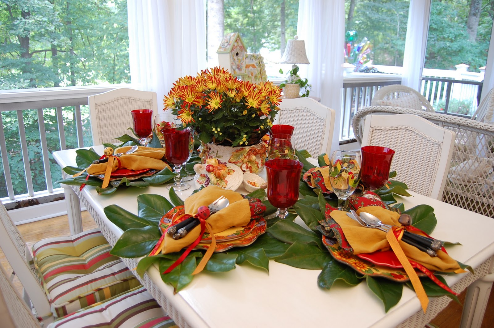 A colorful autumn table setting for Table th collapse