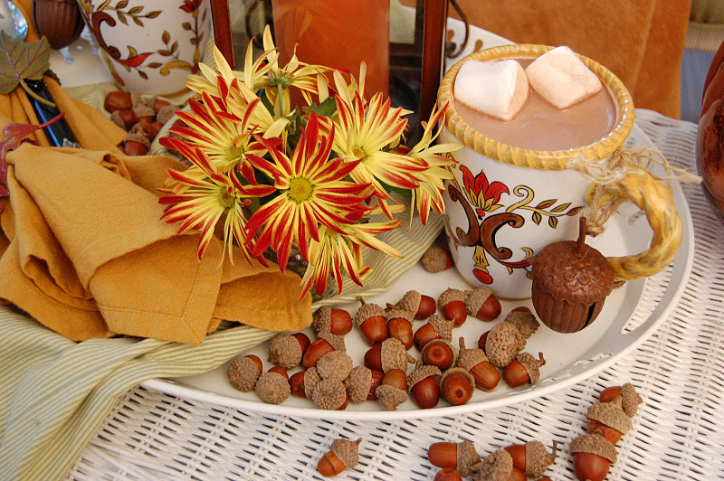 Decorating the Porch for Fall or Autumn