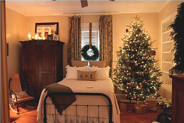 Christmas Decorations For Inside The Home decorate with wreaths inside