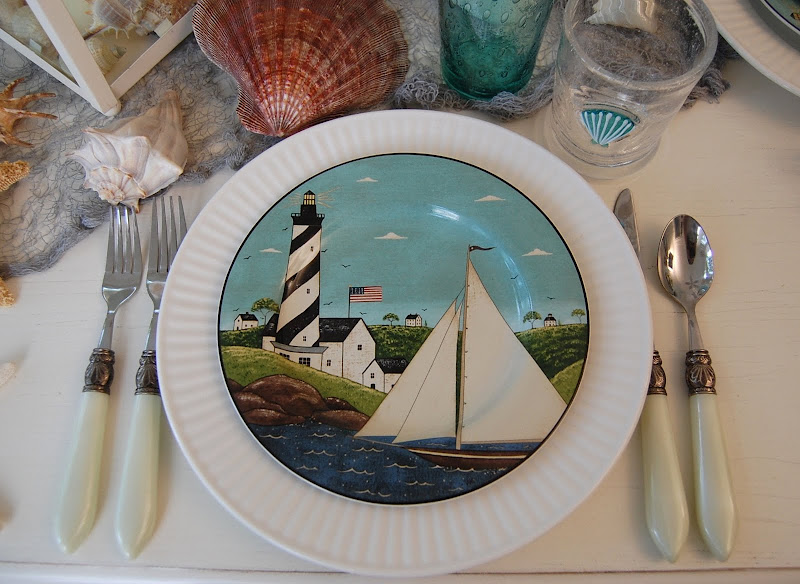 Warren Kimble Coastal Breeze Plates