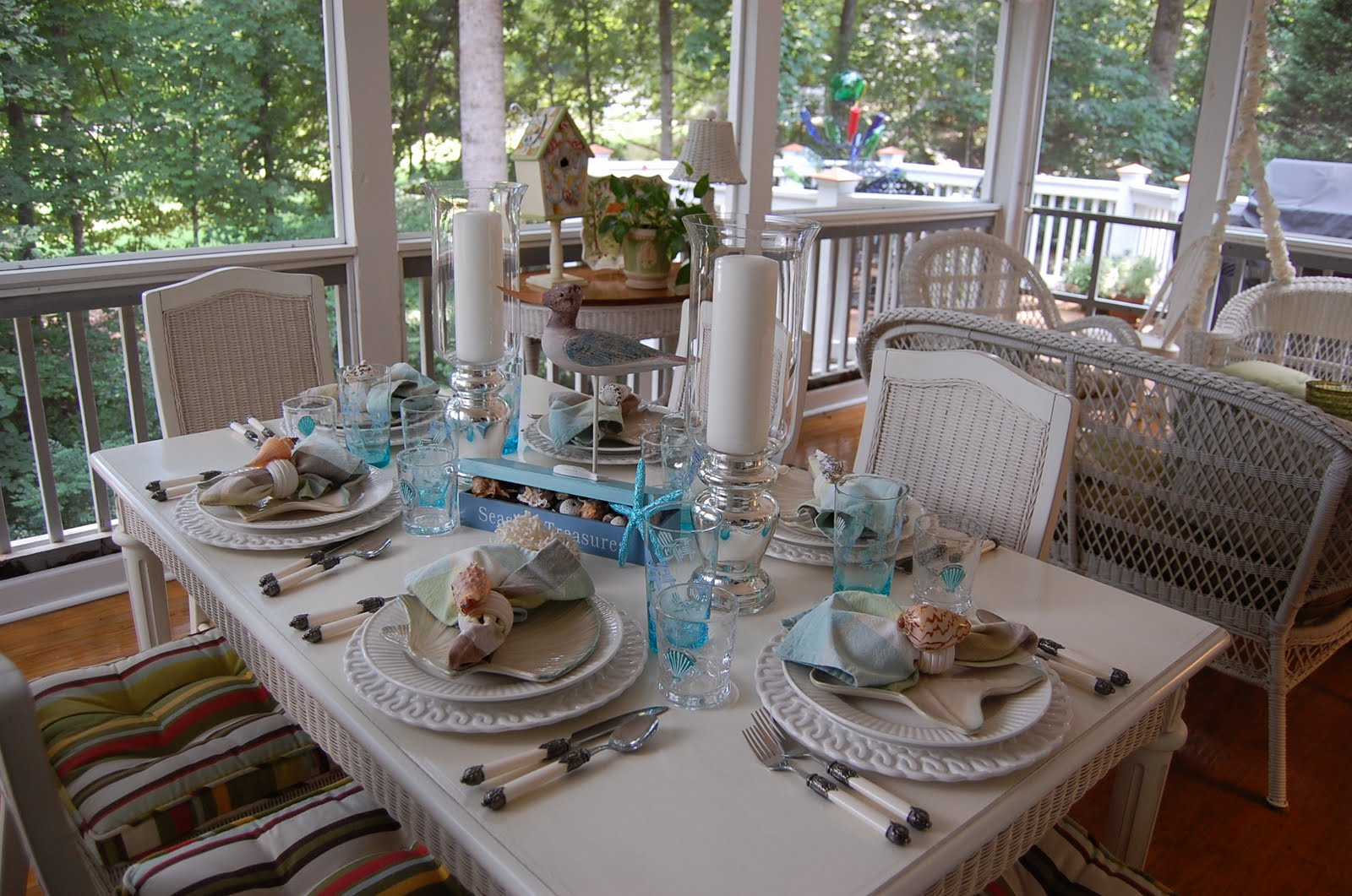 & Beach Themed Table Setting