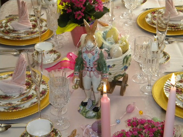 Easter Table Settings Tablescapes with Fitz and Floyd Rabbits
