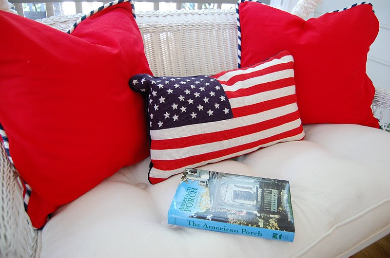 How To Make A Throw Pillow With Piping : How to Sew a Pillow Cover: An Easy Tutorial