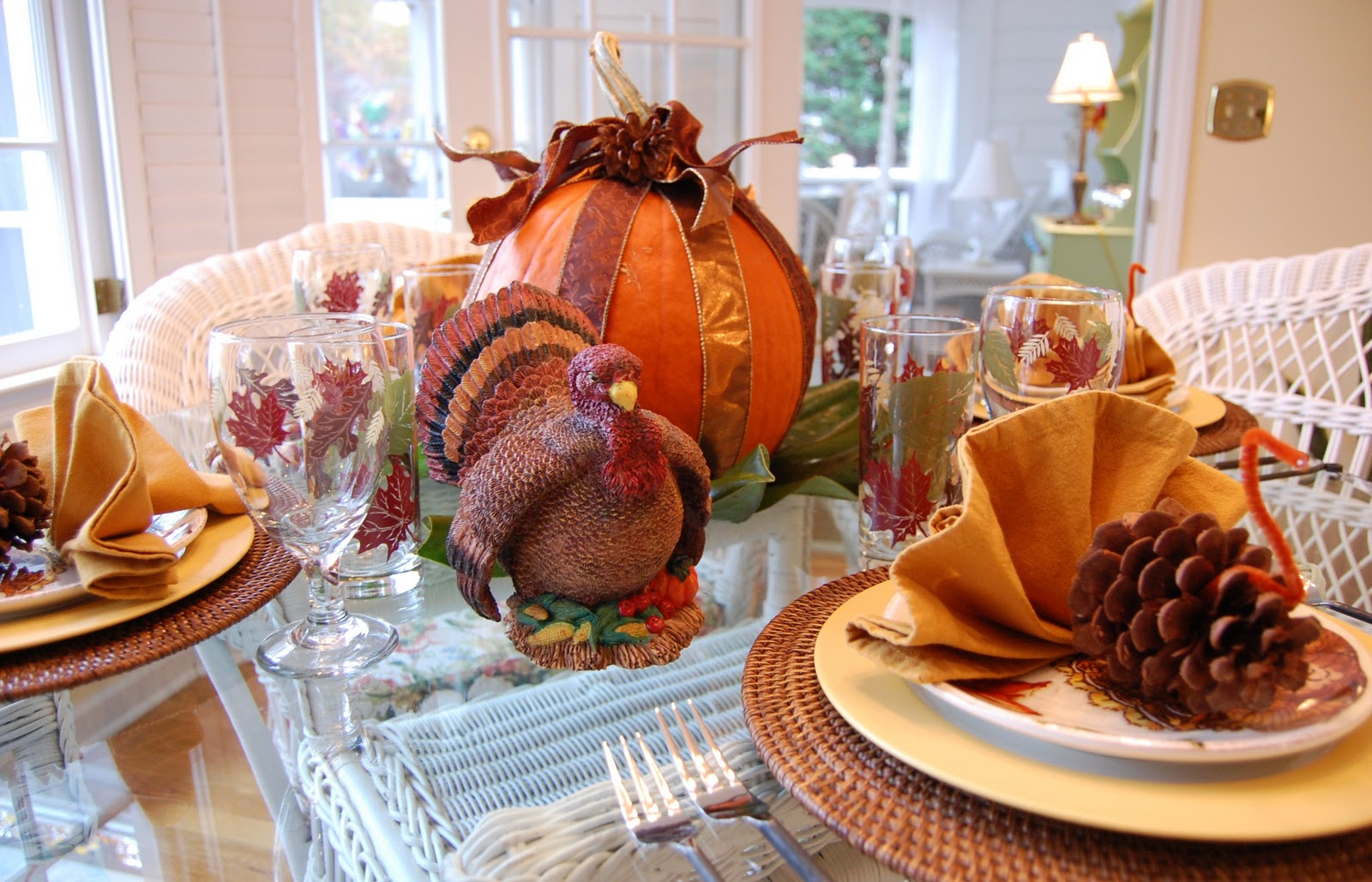 Thanksgiving tablescape for the kids for Fall table