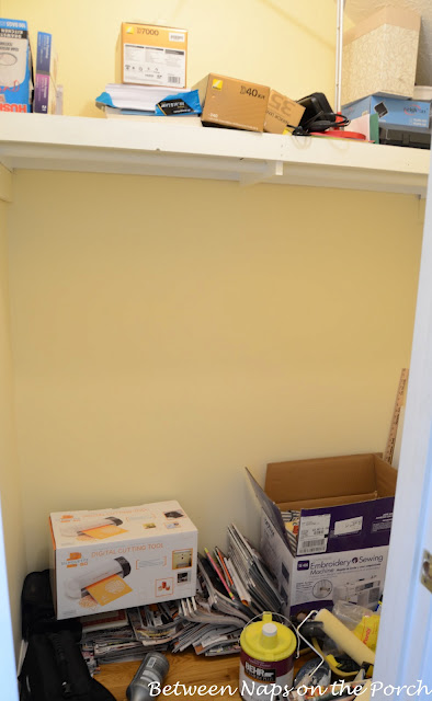 Organizing a Closet to Make For Better Storage