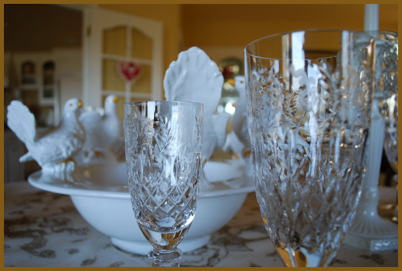 Romantic Valentine's Day Table Setting Tablescape with Galia Crystal by Rogaska
