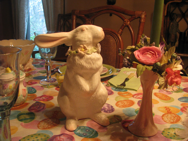 Easter Table Setting Tablescape