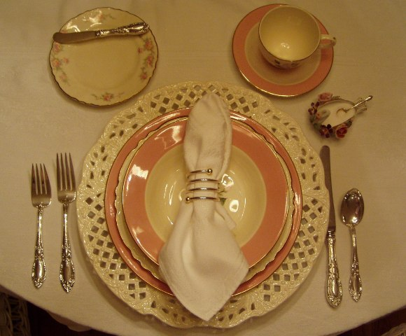 Cottage Tablescape with International Glenwood Dishware