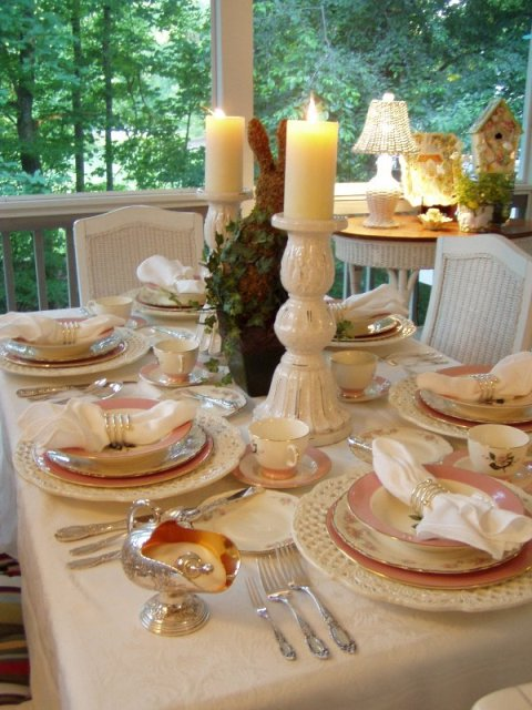Cottage Tablescape with International Glenwood Dishware