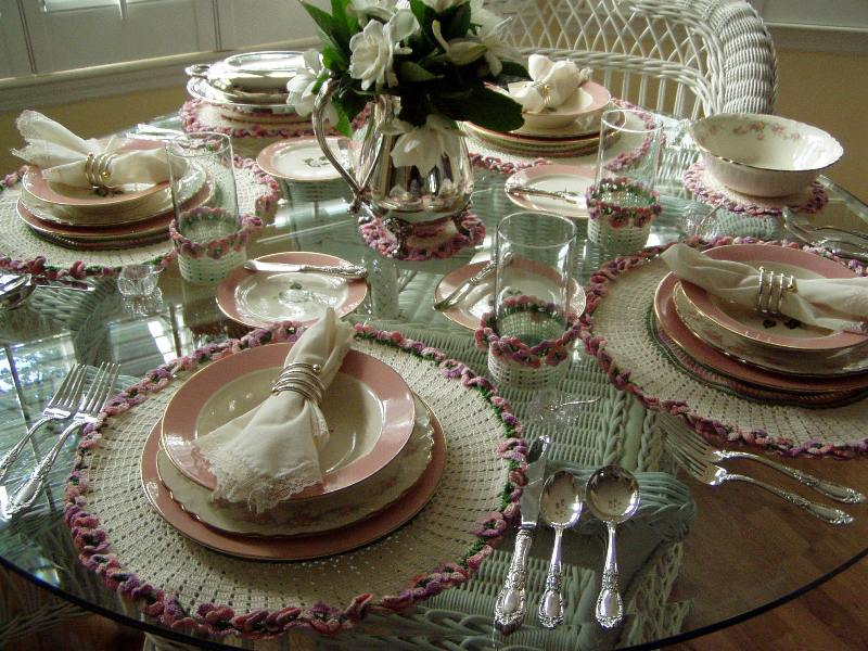 Table Setting with Crocheted Linens – Between Naps on the Porch