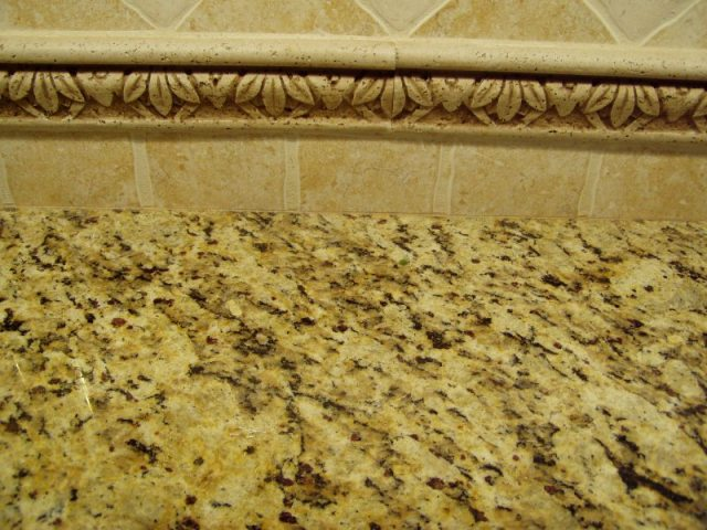 Kitchen Renovation: Granite and backsplash