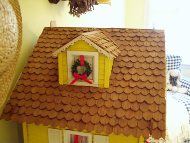 Woodwork Make Dollhouse Roof Pdf Plans
