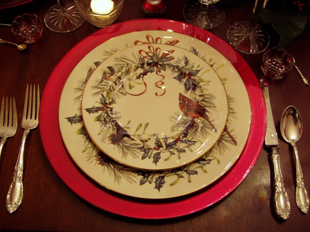 Winter greetings by lenox between naps on the porch i wanted to share a bit more information about this china for this tablescape tuesday this beautiful wreath and bird design was created for lenox by m4hsunfo