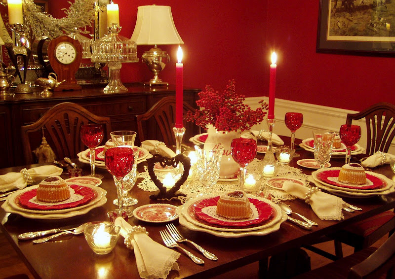 Romantic Valentine S Day Tablescapes Table Settings With