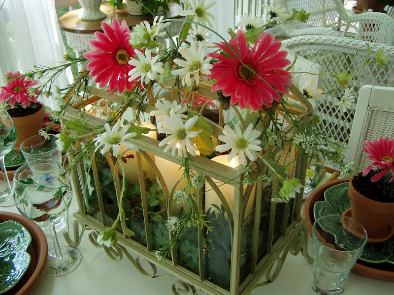 Garden Party Table Setting Tablescape