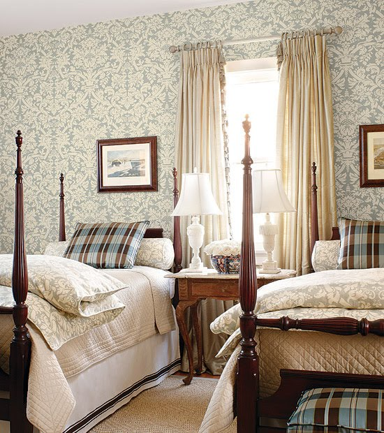 Living room and powder room in english country style for English country cottage bedroom ideas