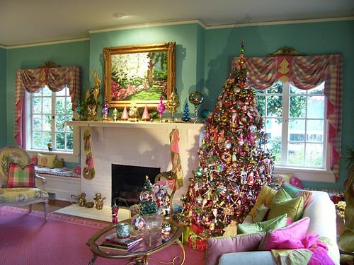 Mark Ballard Decorates His Home for Christmas
