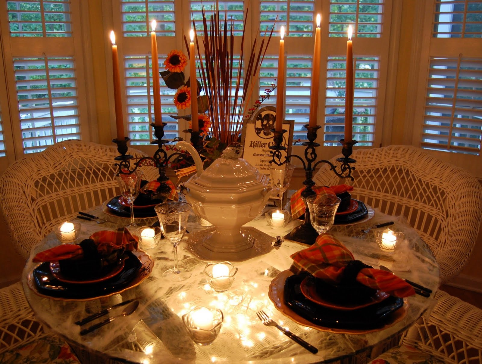Halloween tablescape with a spider web tablecloth for Dining room decorating ideas for thanksgiving