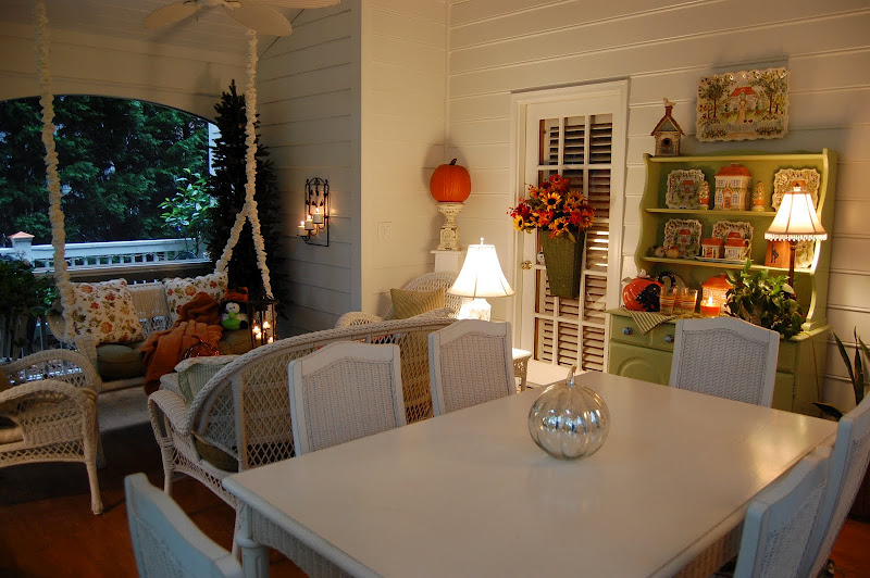 Decorating the Porch for Halloween