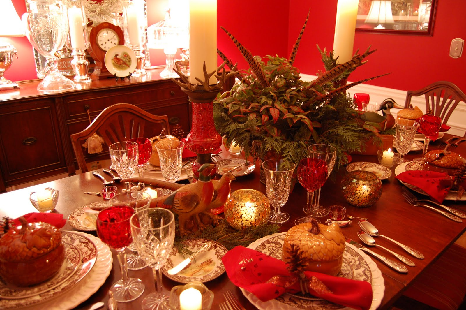Thanksgiving tablescape table setting with a woodland for Decoration table noel