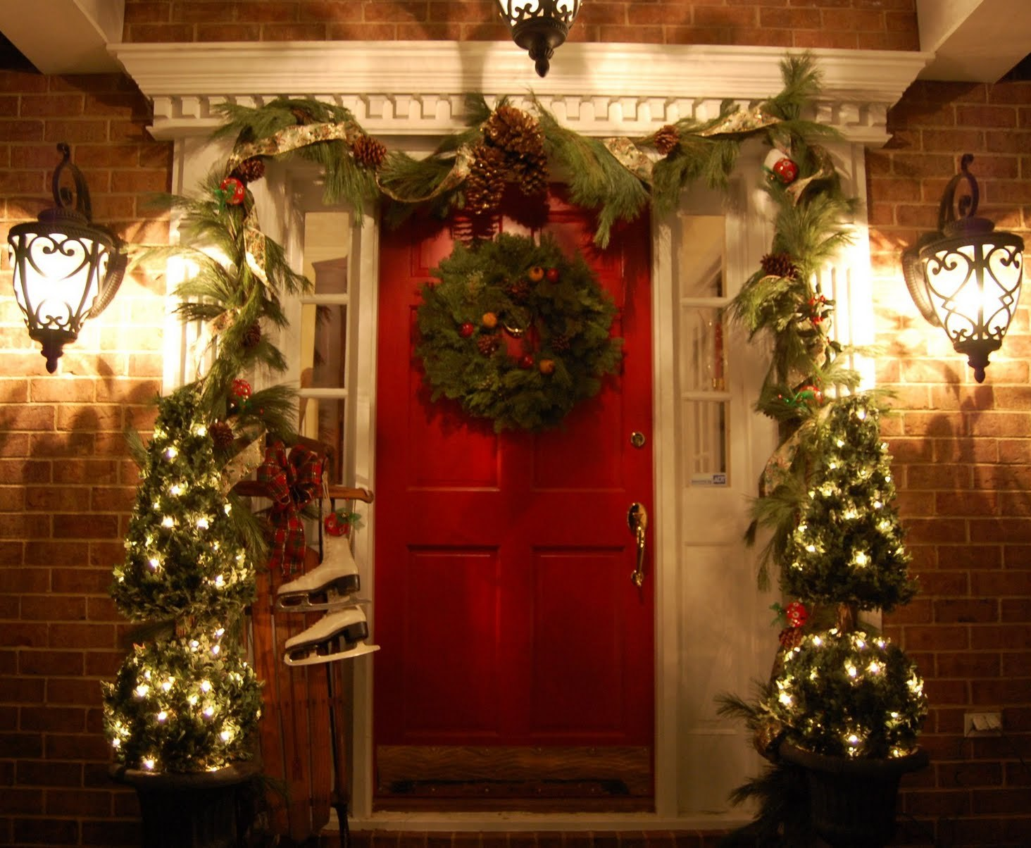 Decorating for christmas - Door decorating for christmas ...