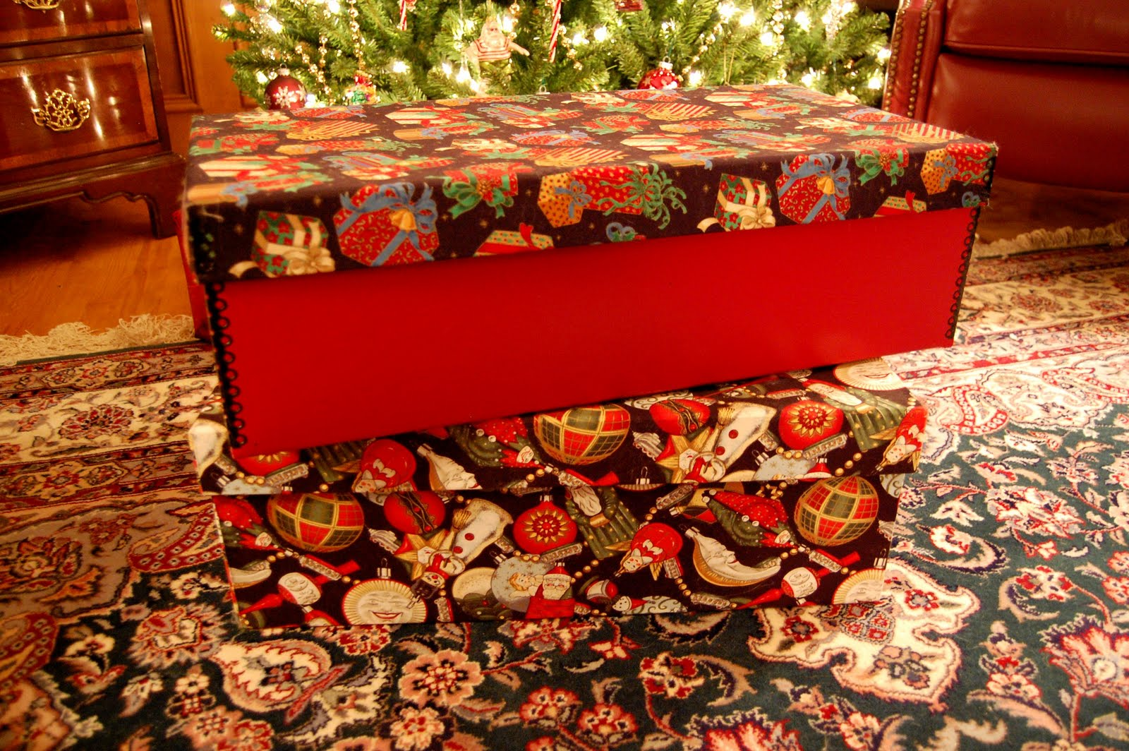 The Best Christmas Ornament Storage Box
