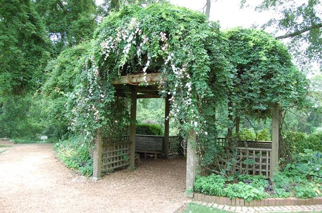 An Actual Wedding At Barnsleyu2026pic Is From The Barnsley Garden Websiteu2026so  Romanticu2026