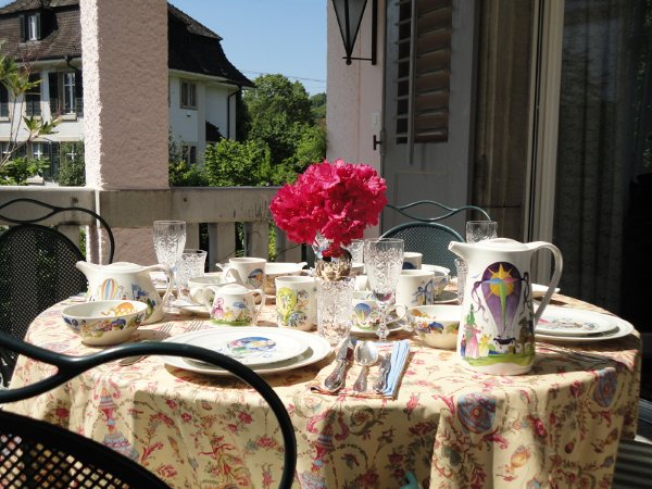 Cornelia thank you so much for sharing the origin/history of the wonderful china youu0027ve used to create this beautiful table setting. & Whimsical Le Ballon by Villeroy u0026 Boch