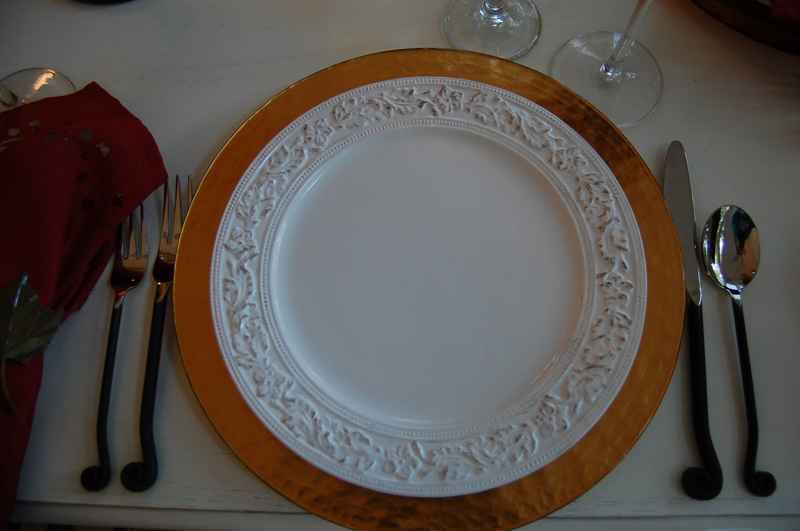 cupboard country dinner pfaltzgraff plate round
